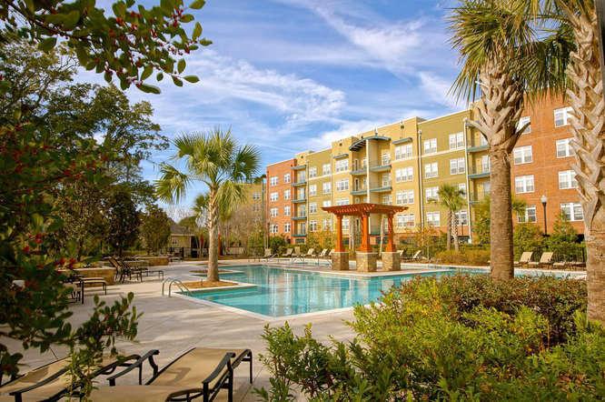 apartments and waterfront condos in charleston south carolina